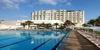 מלון קלאב חוף התמרים עכו