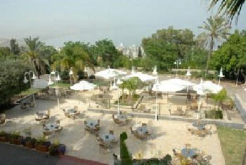 מלון באלי  טבריה