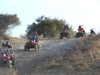 תהילת הרוכבים - טיולי טרקטורונים